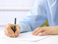 przedstawiciel-wypelnia-formularz